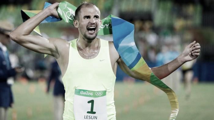 Depois de bater na trave em 2012, Aleksander Lesun conquista o ouro olímpico no Pentatlo Moderno