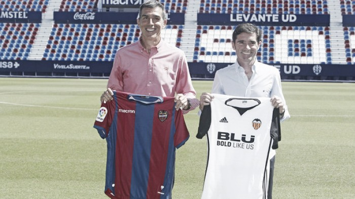 Levante vs Valencia: Round one...Play!