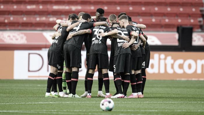 Leverkusen gana en casa contra el disperso Frankfurt
