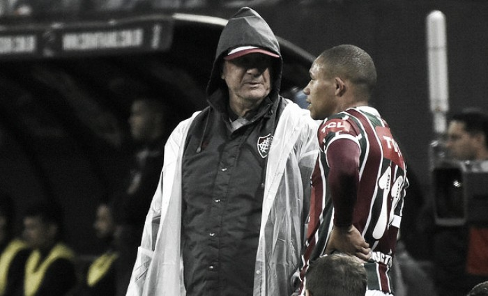 """Levir reclama de arbitragem e afirma: """"Foi 6 a 0 para o Corinthians"""""""
