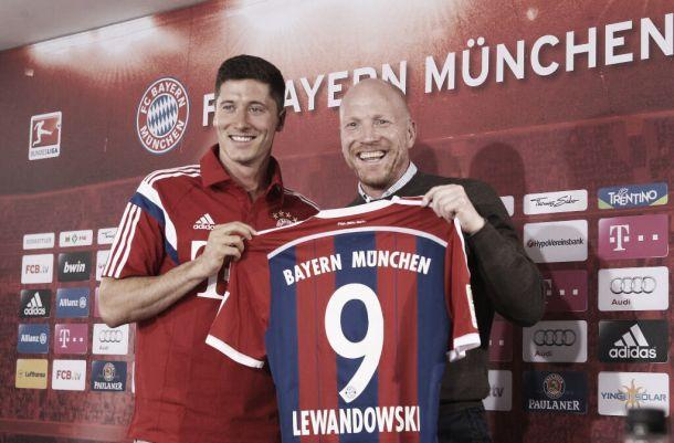 """Lewandowski é oficialmente apresentado no Bayern de Munique e fala em """"novo desafio"""""""