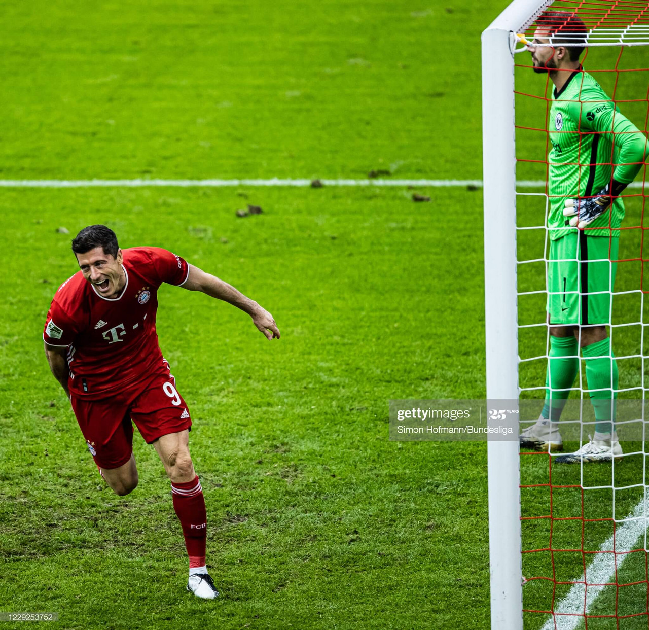 (Photo by Simon Hofmann/Bundesliga/Bundesliga Collection via Getty Images)
