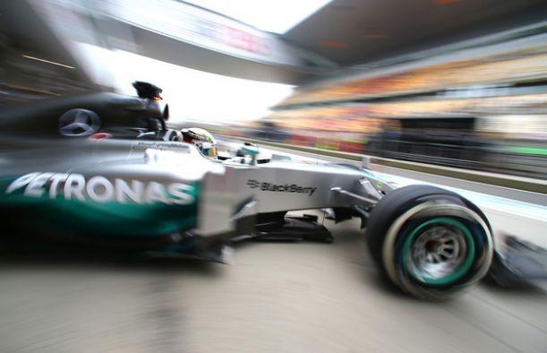 Shanghai, Alonso e Hamilton in testa nelle prime libere