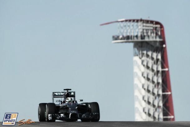 Lewis Hamilton golpea primero en Austin