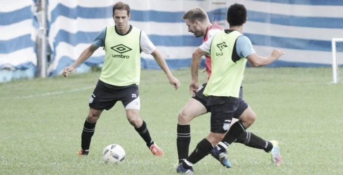 Nery Leyes está recuperado de su lesión y será titular