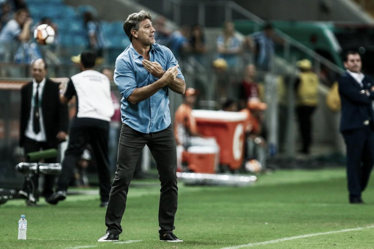 Renato Gaúcho elogia elenco do Grêmio após estreia no Brasileiro com vitória