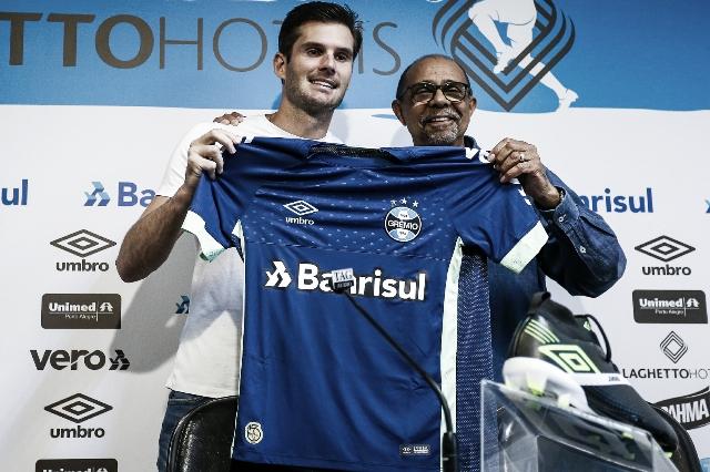 Goleiro Júlio Cesar é apresentado pelo Grêmio