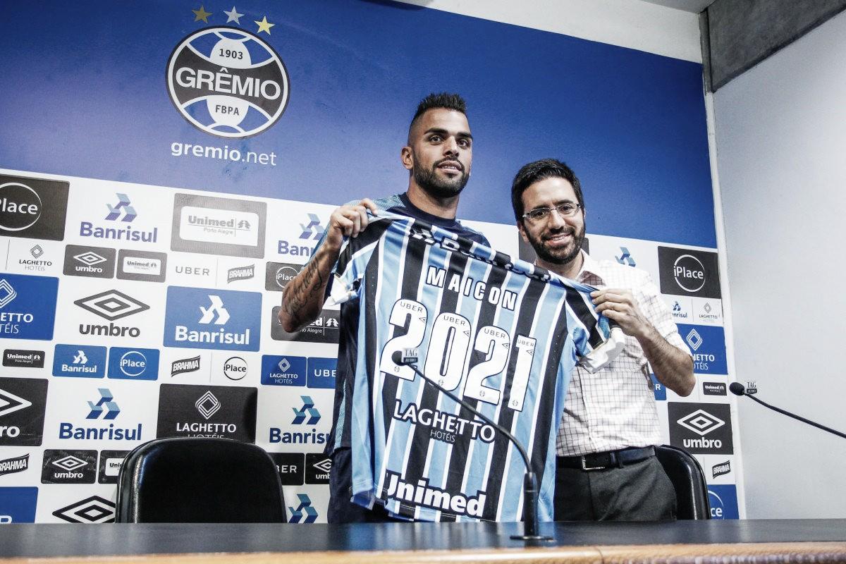Destaque em goleada sobre Santos, volante Maicon acerta renovação contratual no Grêmio