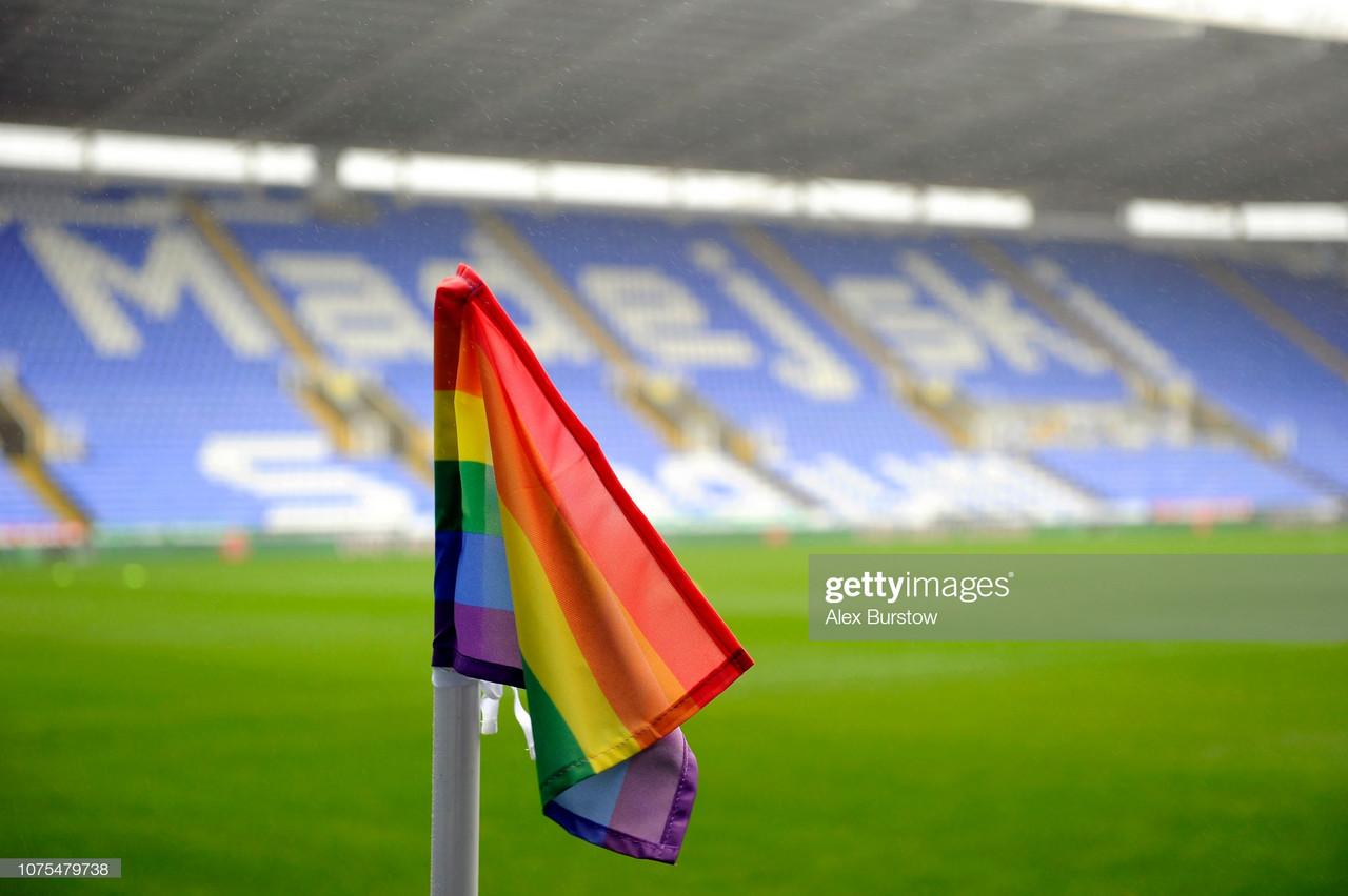 Mark Bowen condemns homophobic chanting post Millwall defeat