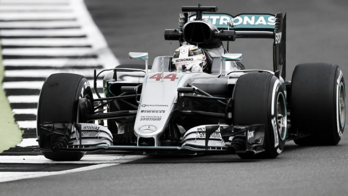British Grand Prix: Hamilton on top as Rosberg suffers water leak