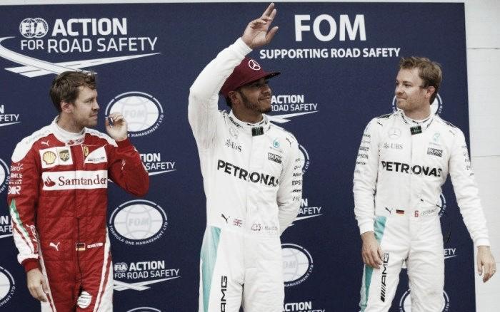 Hamilton pips Rosberg to Canadian pole