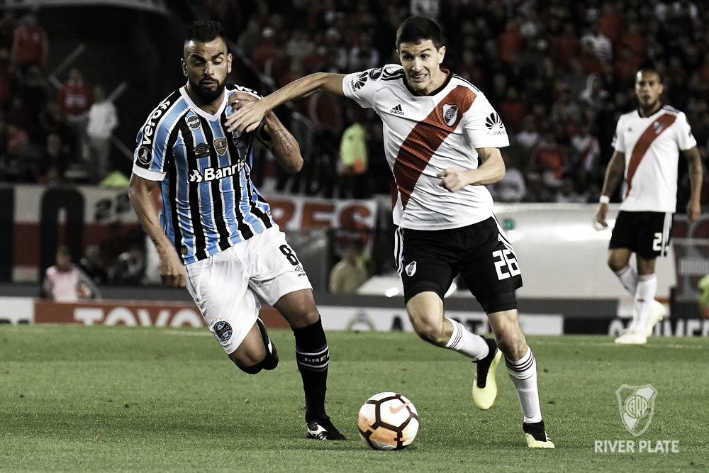 Com vantagem, Grêmio recebe River Plate buscando vaga na final da Libertadores