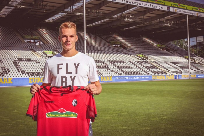 Freiburg borrow Philipp Lienhart from Real Madrid