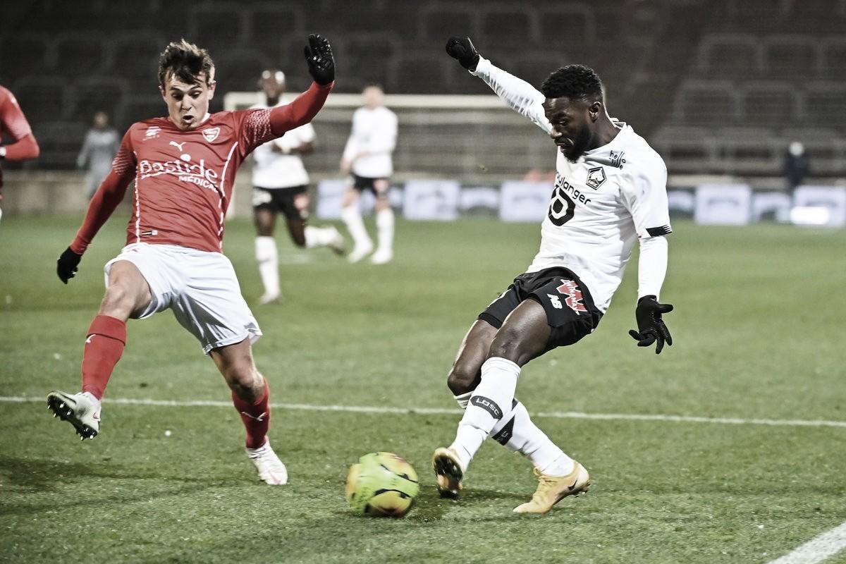 Com gol de Yilmaz, Lille supera Nimes em jogo fraco pela Ligue 1