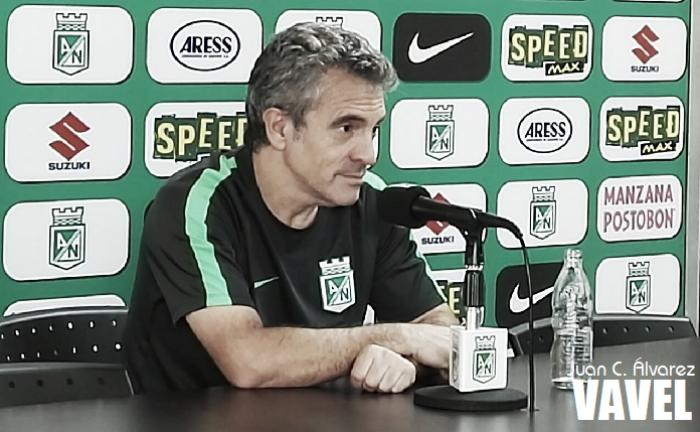 """Juan Manuel Lillo: """"En el fútbol no se juega a tenerla sino a usarla"""""""