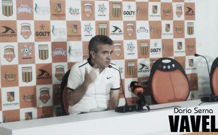 """Juan Manuel Lillo: """"Acá lo bueno y lo malo en el fútbol pasan por los jugadores"""""""