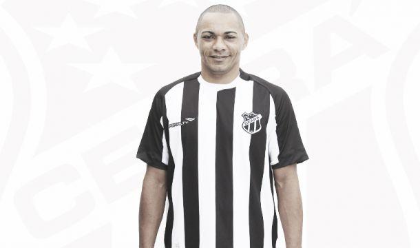 Ceará acerta a contratação do atacante Lima até o fim da temporada