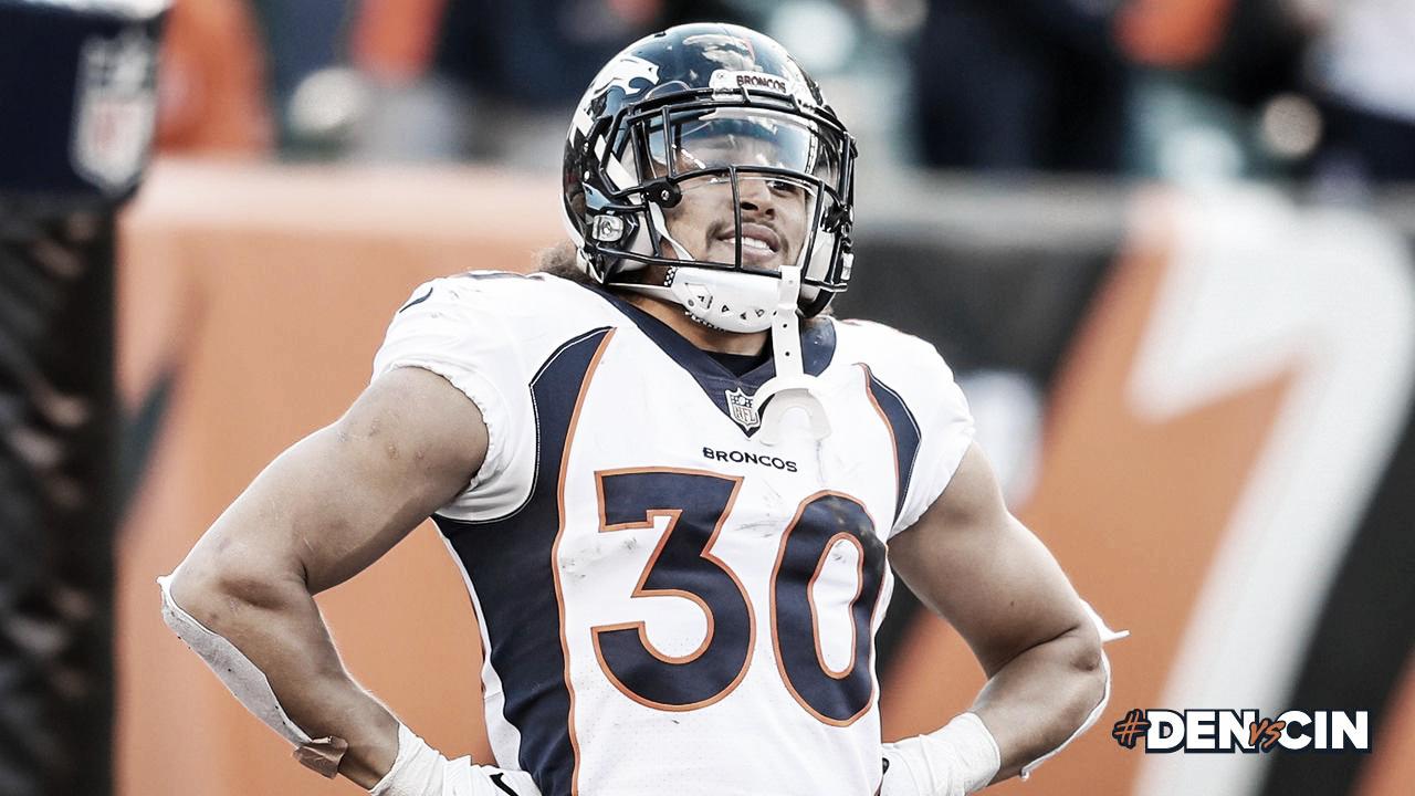 Phillip Lindsay hace ilusionar a los Broncos