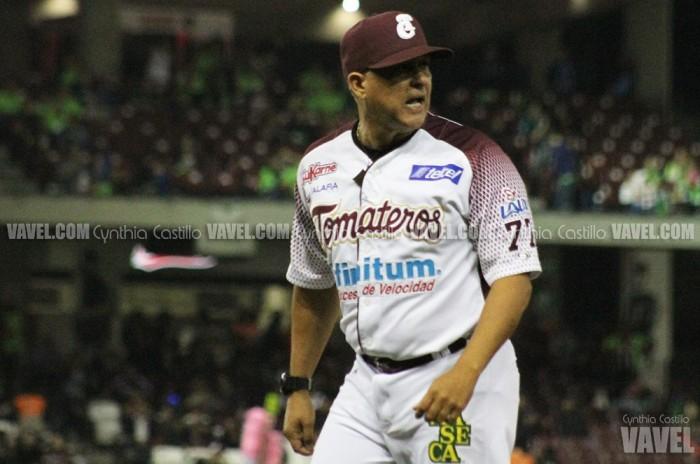 Lino Rivera deja el banquillo de Tomateros