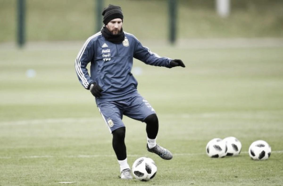 Desfalque contra Itália, Messi é confirmado por Sampaoli para enfrentar Espanha
