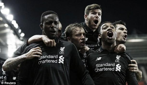 Manchester City e Liverpool numa possível final da Taça da Liga