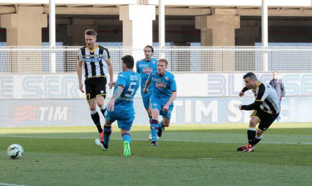 Una super Udinese supera il Torino, salvezza più vicina
