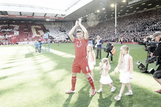 Liverpool: Anfield despediu-se hoje do icónico Steven Gerrard