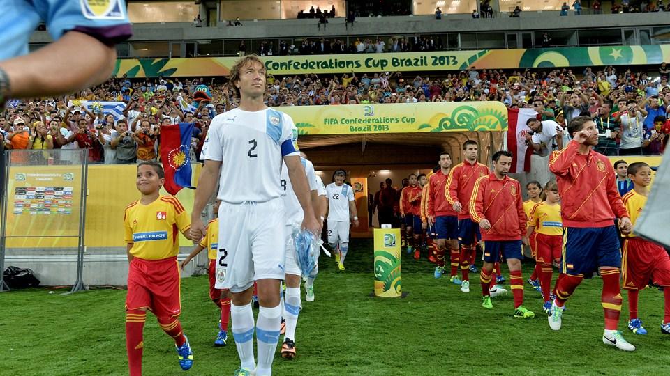 Uruguai - Taiti, assim acompanhamos