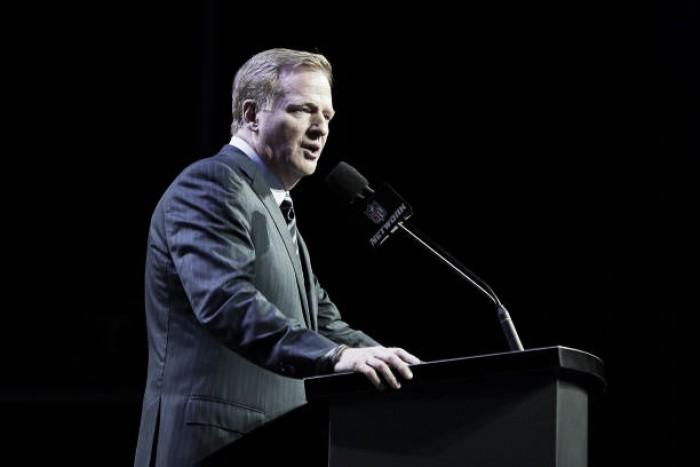 """Atletas da NFL criticam exigências de Goodell para renovação: """"Queremos 50 milhões"""""""
