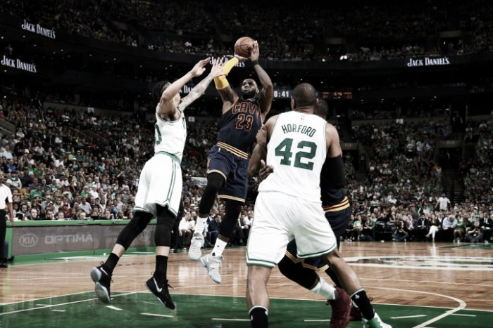 NBA, Boston si arrende a LeBron, -44: Cavs sul 2-0