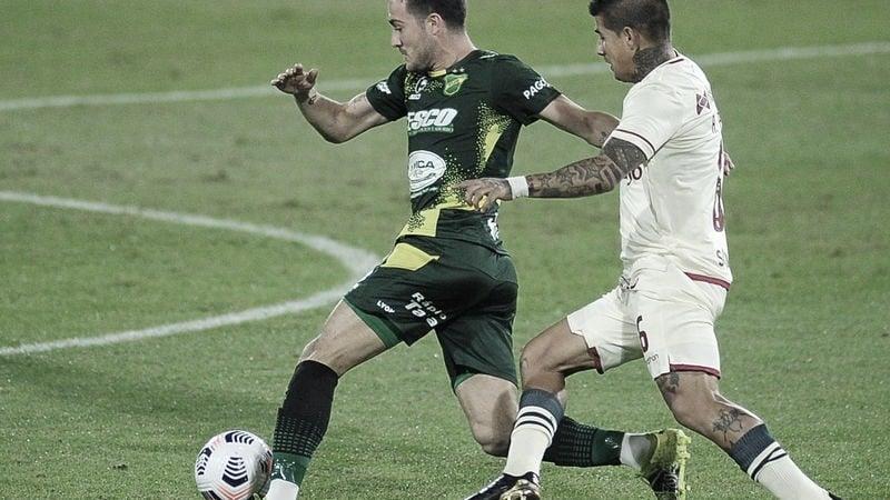 Defensa empieza a pisar fuerte en la Copa Libertadores