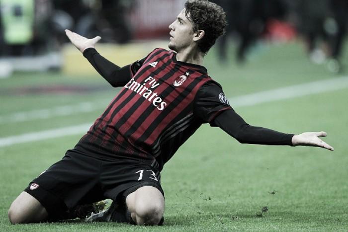 """Nas graças da torcida do Milan, jovem Locatelli prega humildade: """"Preciso melhorar muito"""""""