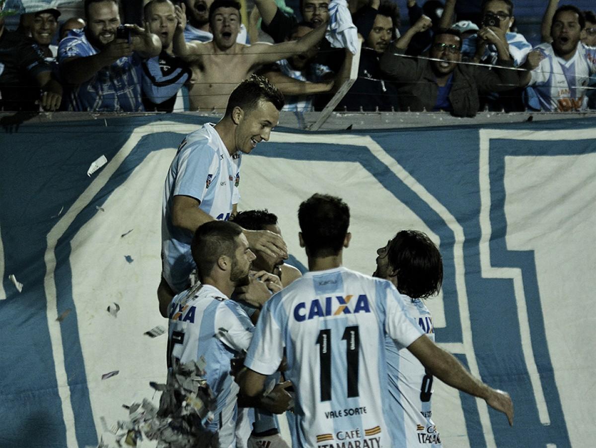 Com show de Dagoberto, Londrina goleia Oeste no Estádio do Café