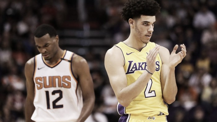 Lonzo Ball and the Los Angeles Lakers escape with win