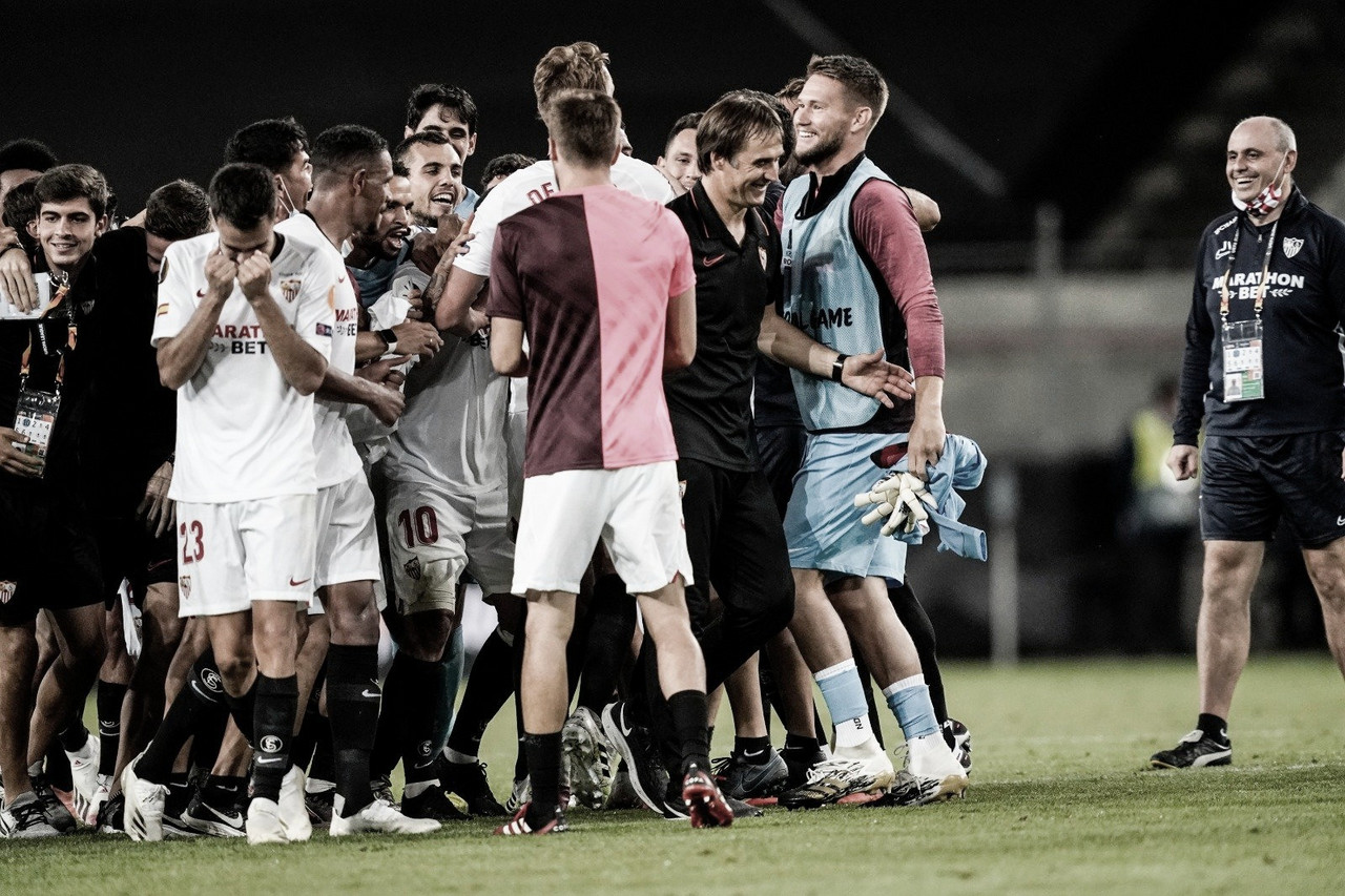 """Lopetegui comemora classificação do Sevilla à final da Europa League: """"Nos enche de orgulho"""""""