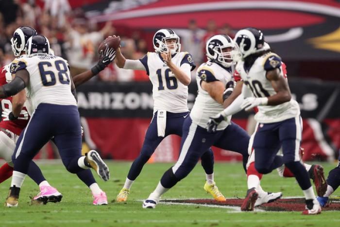 Los Rams barren la serie ante Arizona