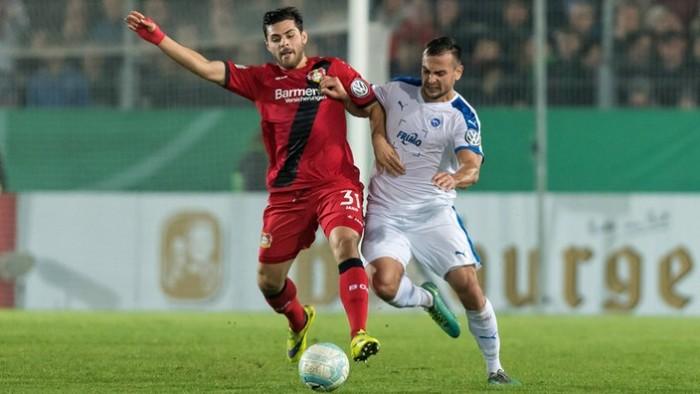 DFB Pokal, sedicesimi di finale: scivolone del Leverkusen ai rigori, ok Gladbach e Hertha. Stasera Bayern, Dortmund e Schalke