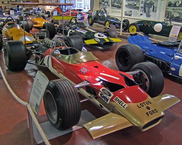 Le monoposto che hanno cambiato la F1: Lotus 49