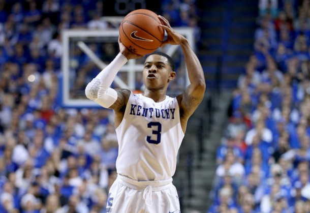 College Basketball Can Anyone Beat The Kentucky Wildcats: Kentucky Wildcats Lose Large Second Half Lead; Hang On To