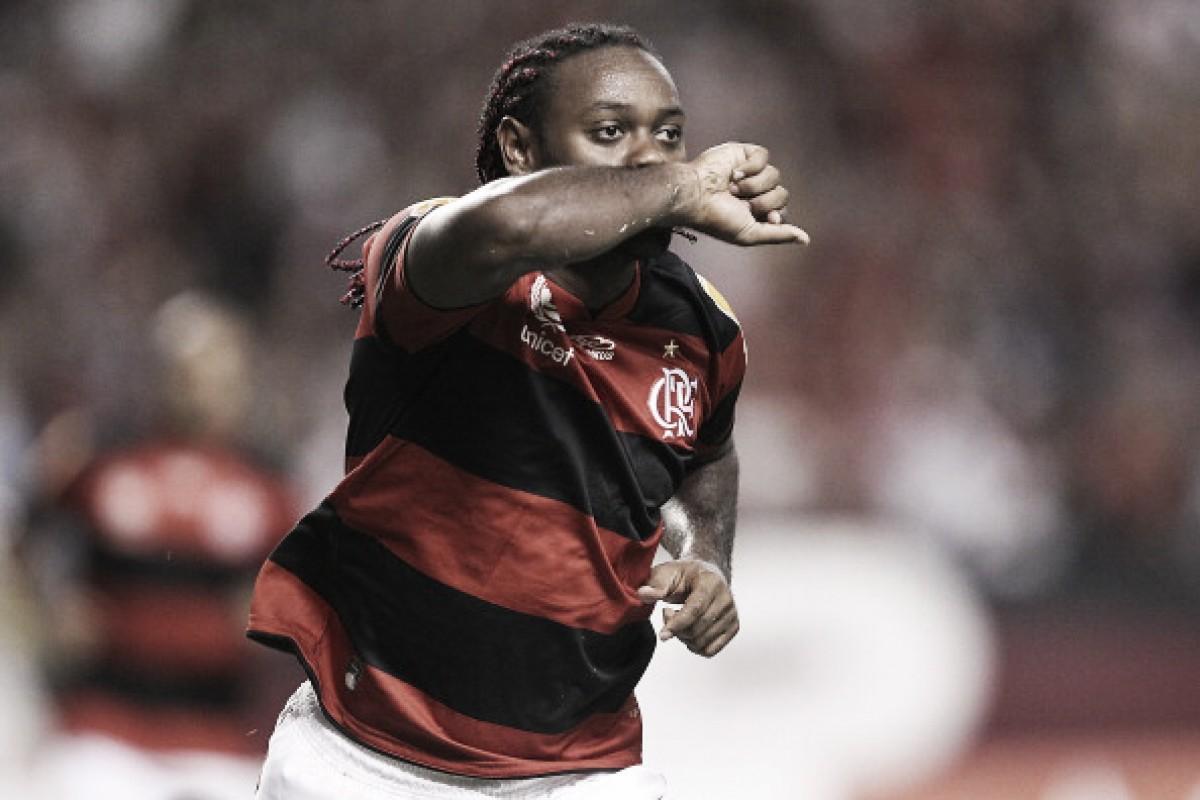 Vágner Love revela acerto parcial em dezembro, mas desmente contato atual do Flamengo