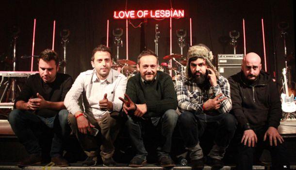 Love of Lesbian llama a la rebeldía