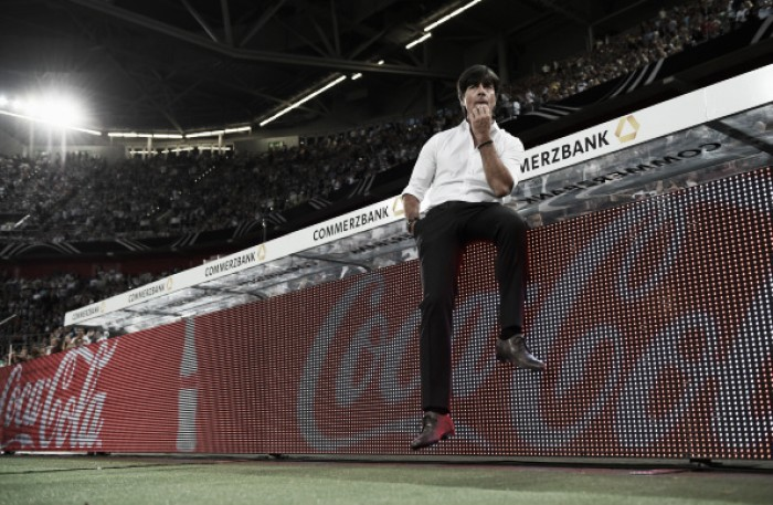 Joachim Löw explica escolha de Neuer como capitão interino da Alemanha