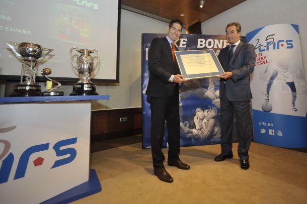 Kike Boned, embajador de la Liga Nacional de Fútbol Sala