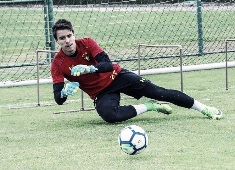 """Luan Polli lamenta lesão de Magrão, mas vislumbra chance no Sport: """"Estou preparado"""""""