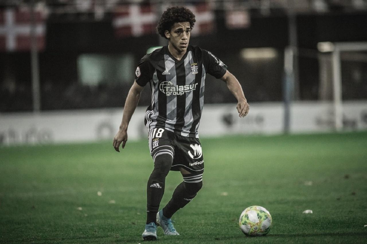 Carrasquilla, talento panameño, también estará en Segunda