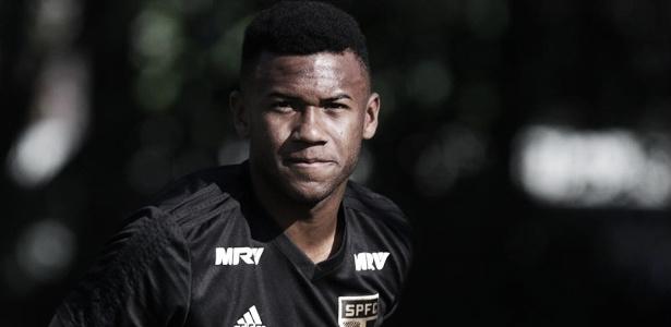 Volante Luan se lesiona e desfalca São Paulo no clássico contra o Corinthians