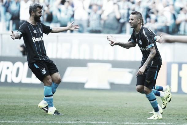 Grêmio vence Atlético-MG em duelo movimentado e segue na luta pela vice-liderança