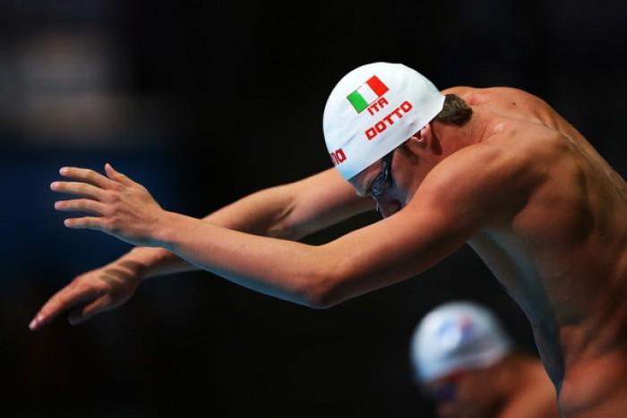 Nuoto - Assoluti Riccione, i risultati del mattino: Dotto vola nei 100, duello Toniato - Scozzoli a rana