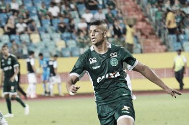 """Apesar da derrota em casa, atacante Lucão garante: """"O Goiás vai subir"""""""