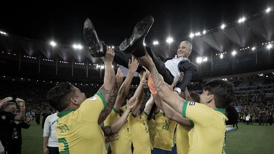 """Após primeiro título pelo Brasil, Tite afirma: """"Me tornei técnico da Seleção hoje"""""""